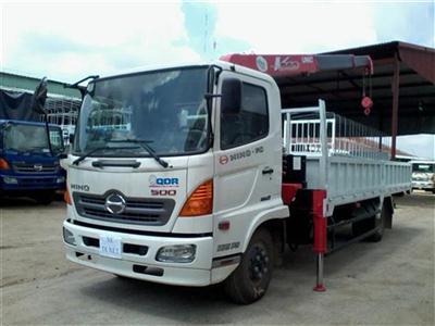 Xe tải Hino FC9JLSW gắn cẩu tự hành Unic 3 tấn UR-V343